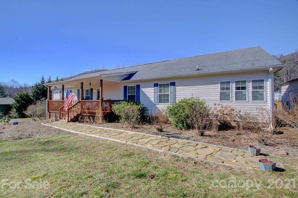 1140 Terrys Gap Road - Photo 1