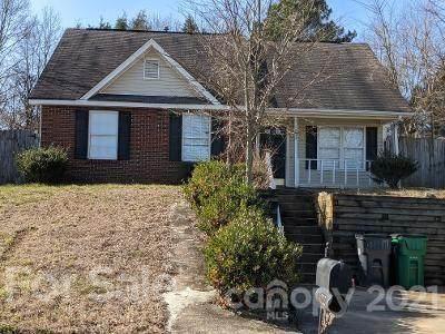 1022 Summit Hills Drive, Charlotte, NC 28214 (#3712741) :: Johnson Property Group - Keller Williams