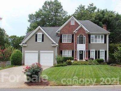 15613 Louth Court, Huntersville, NC 28078 (#3713091) :: TeamHeidi®
