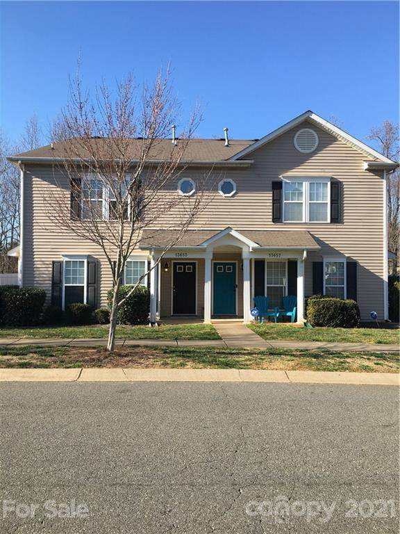 13653 Pinyon Pine Lane, Charlotte, NC 28215 (#3714109) :: High Performance Real Estate Advisors