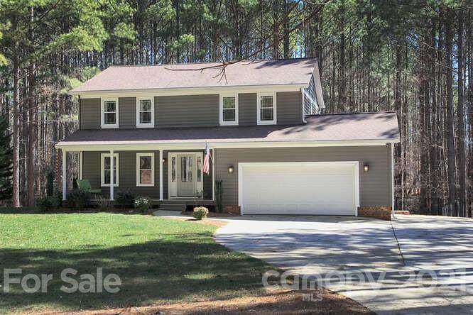 143 Pine Valley Drive - Photo 1