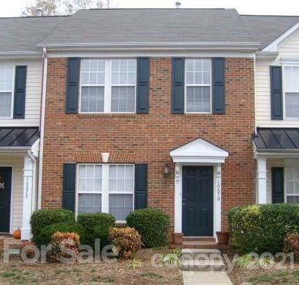 10879 Garden Oaks Lane E, Charlotte, NC 28273 (#3716032) :: DK Professionals Realty Lake Lure Inc.