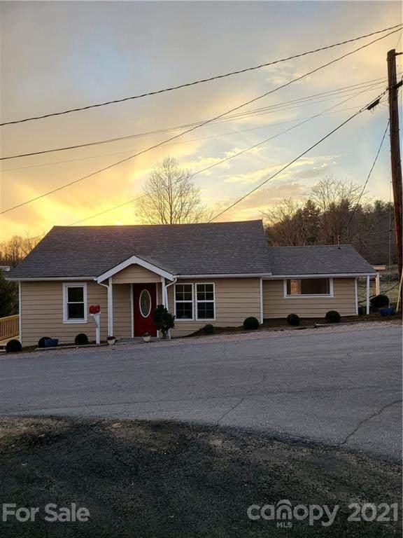 105 Hickory Lane, Burnsville, NC 28714 (#3718959) :: LePage Johnson Realty Group, LLC