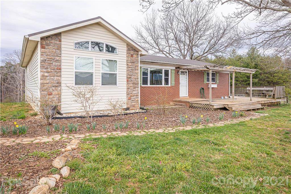 2190 Propst Road - Photo 1