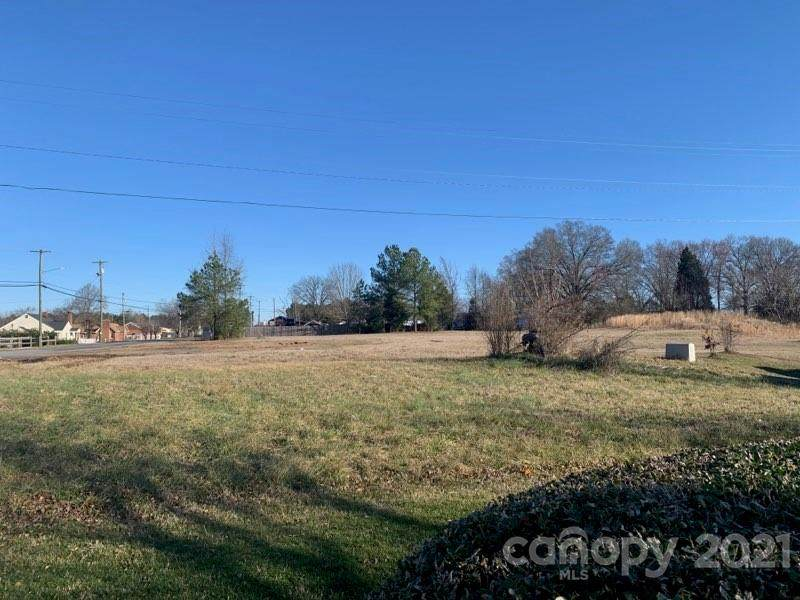 938 Central Drive - Photo 1