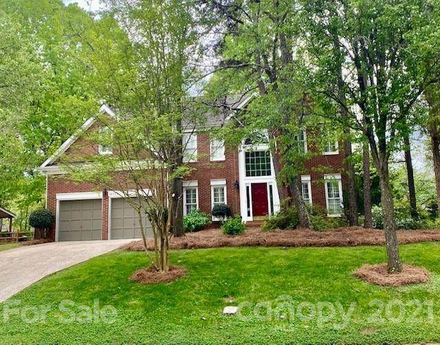 6633 Elmstone Drive, Charlotte, NC 28277 (#3724230) :: Home and Key Realty