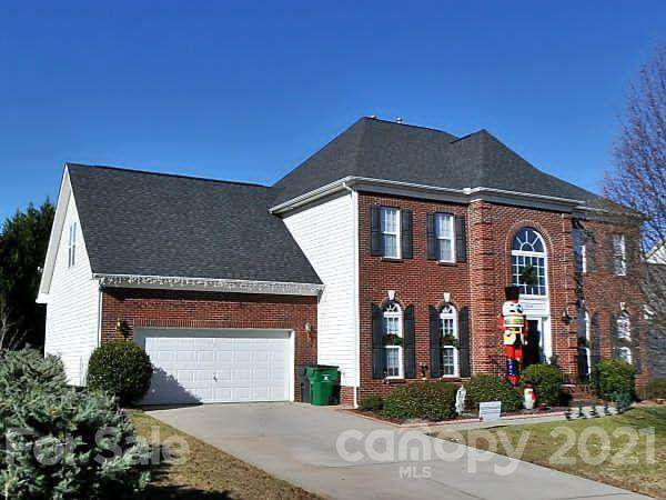 3546 Weddington Ridge Lane, Matthews, NC 28105 (#3724403) :: Caulder Realty and Land Co.