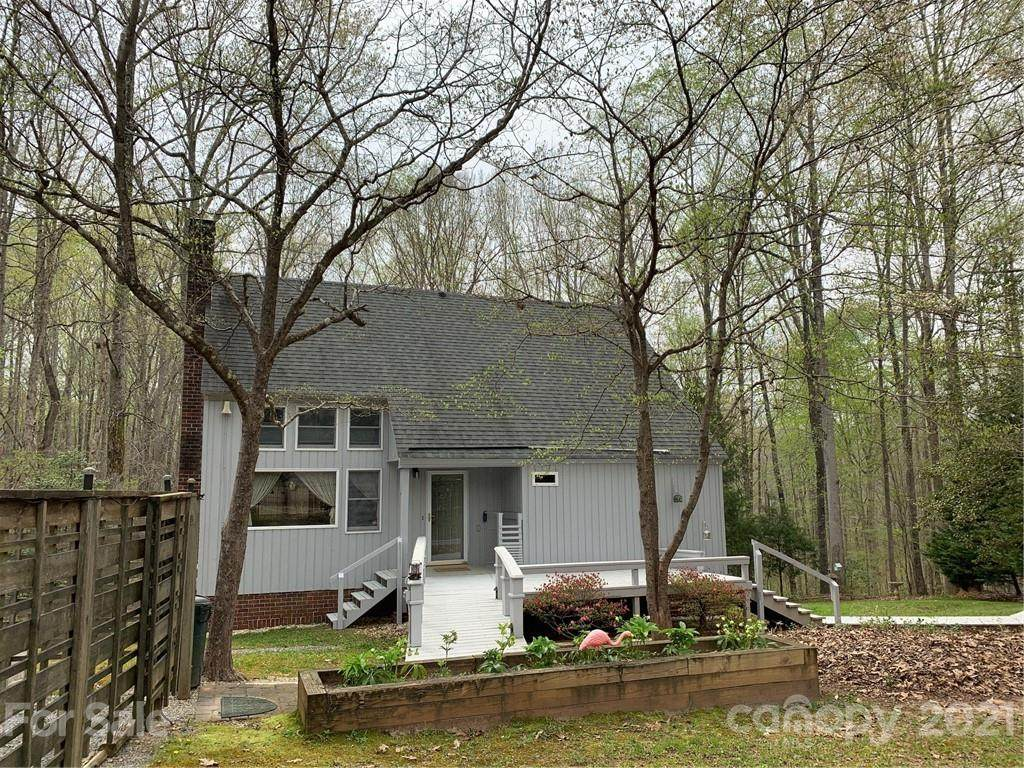 135 Sawtooth Lane - Photo 1