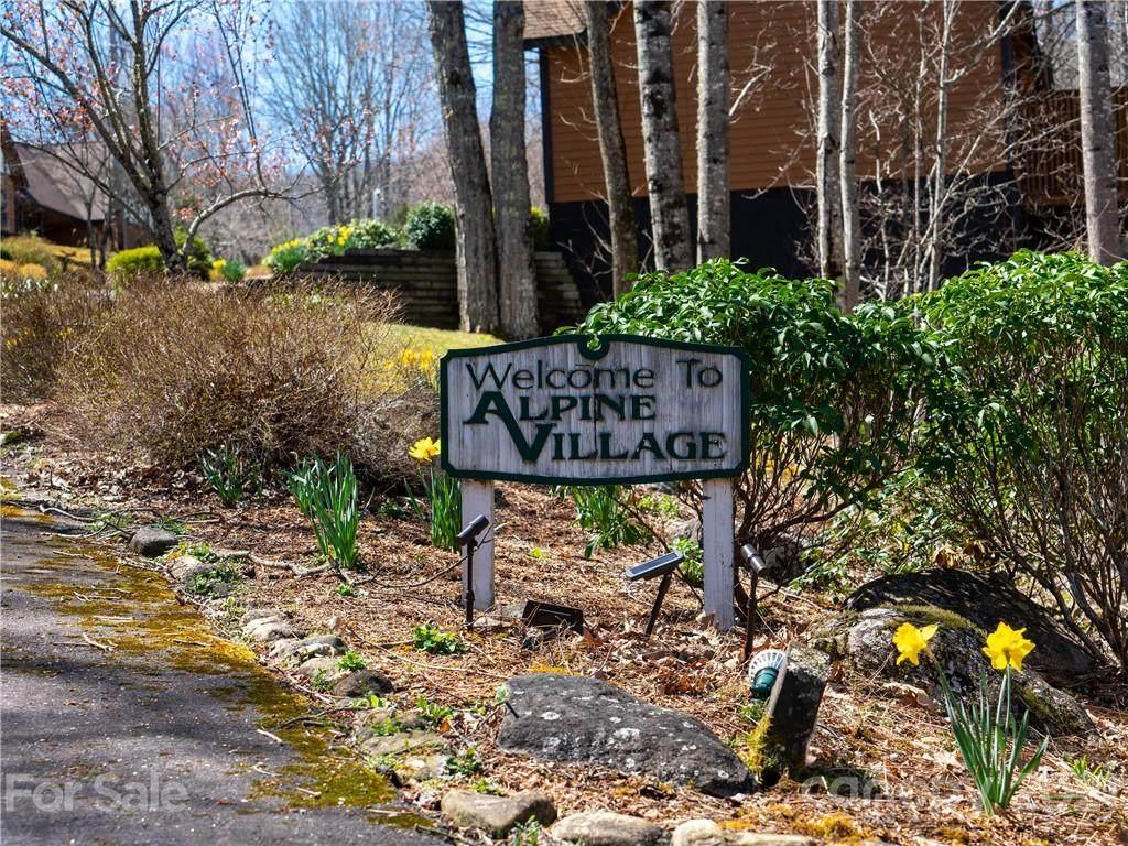420 Overlook Drive - Photo 1