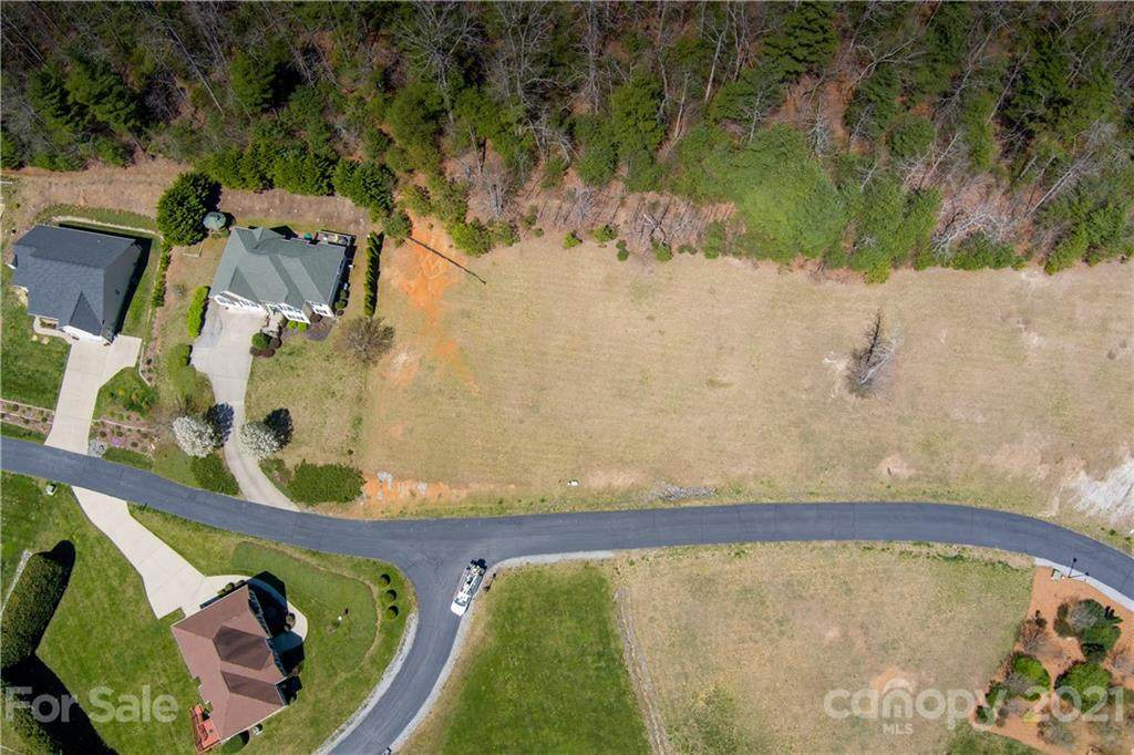 146 Crab Meadow Drive - Photo 1