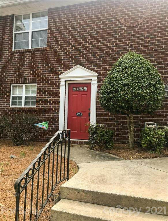 4255 Melrose Club Drive, Matthews, NC 28105 (#3726094) :: Cloninger Properties