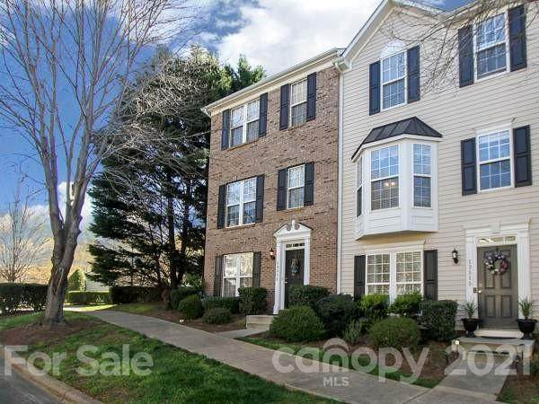 13511 Merry Chase Lane, Huntersville, NC 28078 (#3727261) :: Stephen Cooley Real Estate Group