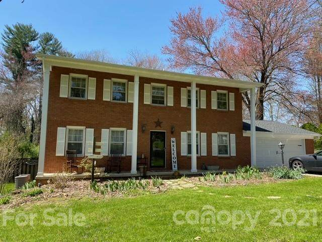 1103 N Rugby Road, Hendersonville, NC 28791 (#3728306) :: The Mitchell Team