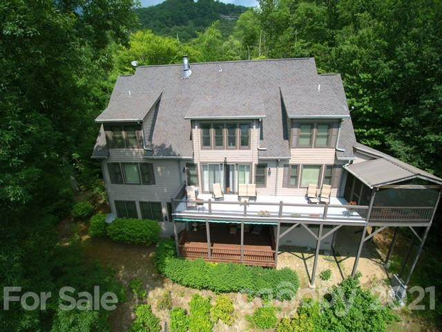 108 Von Trapp Lane, Tuckasegee, NC 28783 (#3728502) :: The Ordan Reider Group at Allen Tate