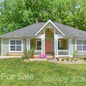 217 Clear Springs Court, Indian Trail, NC 28079 (#3728959) :: Carver Pressley, REALTORS®