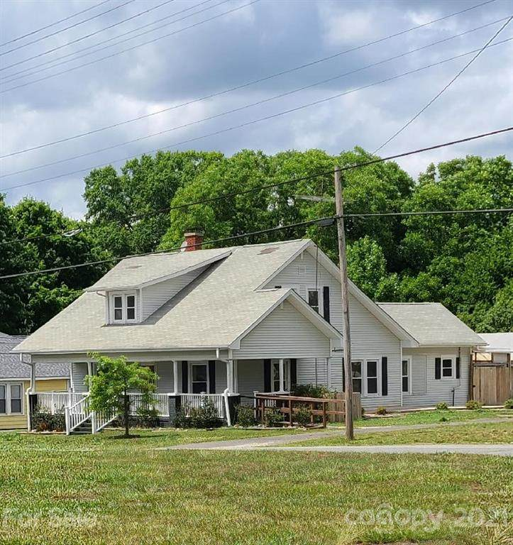 302 Bethpage Road - Photo 1
