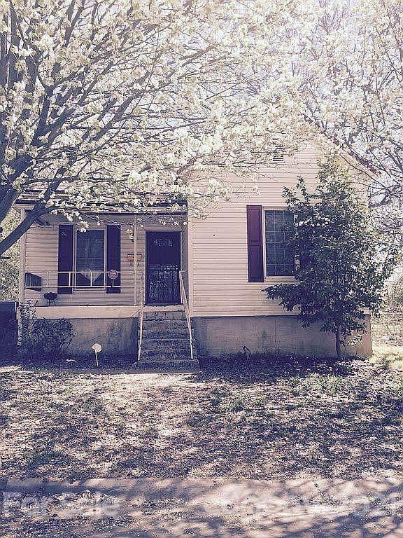 301 S Cloudman Street, Charlotte, NC 28208 (#3729598) :: BluAxis Realty