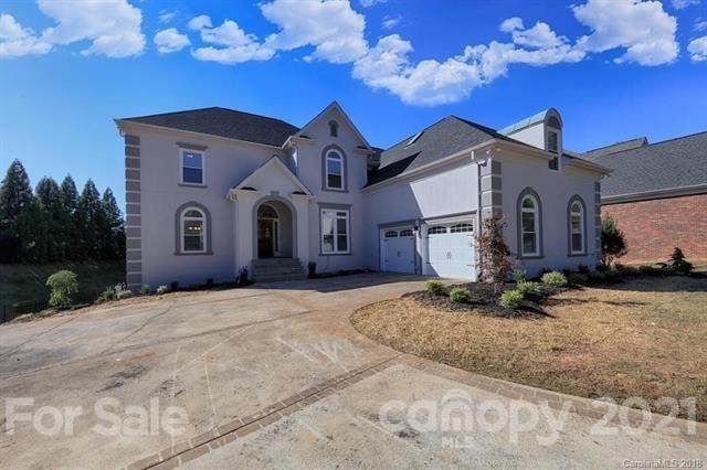 16546 Riverpointe Drive, Charlotte, NC 28278 (#3730084) :: The Ordan Reider Group at Allen Tate