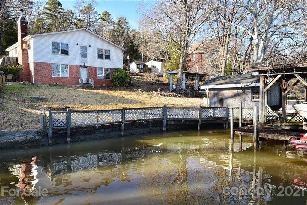1437 Berry Hill Drive - Photo 1