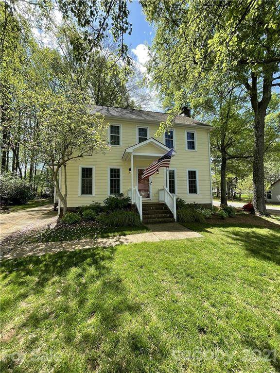 10606 Danesway Lane, Cornelius, NC 28031 (#3730798) :: LePage Johnson Realty Group, LLC