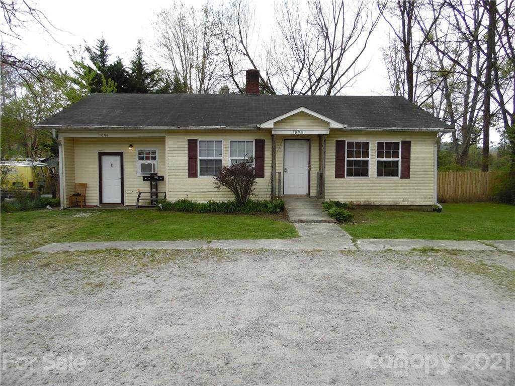 1090 Old Hendersonville Road - Photo 1
