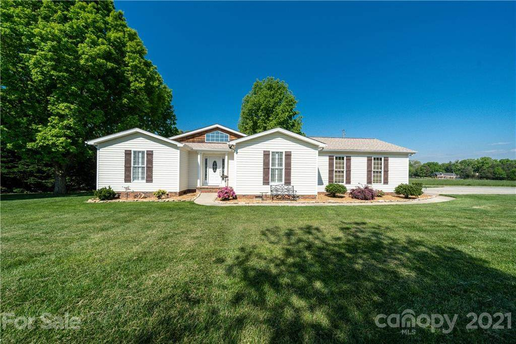 7231 Channelview Drive - Photo 1
