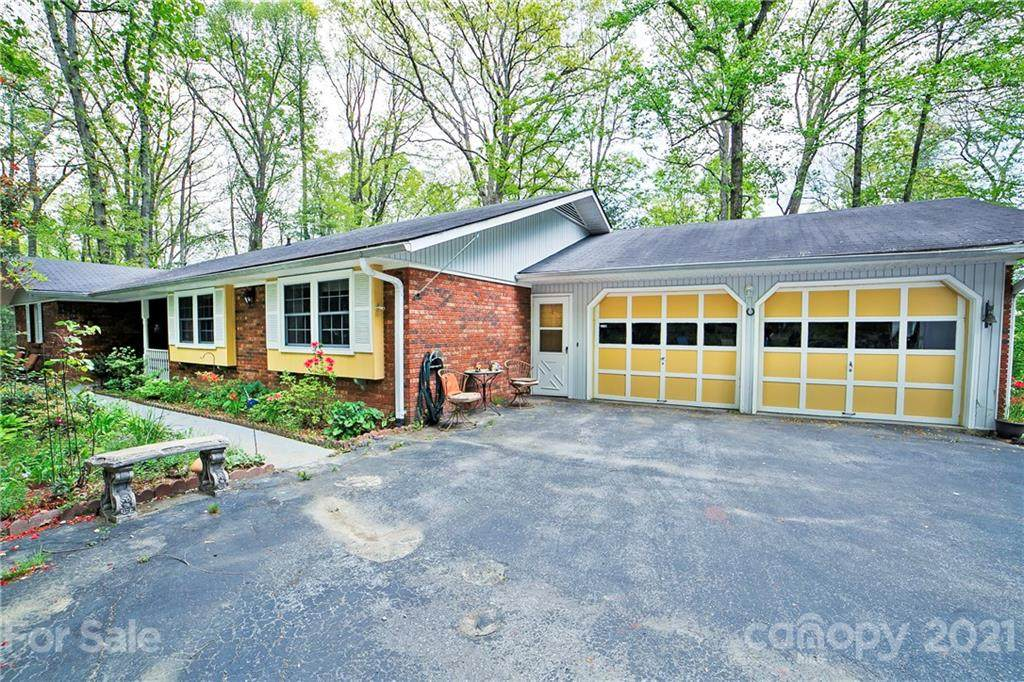 885 Indian Hill Road - Photo 1