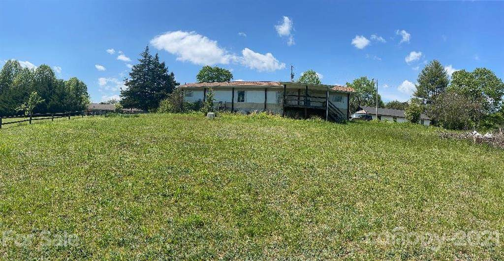 1344 Stacy Hill Road - Photo 1