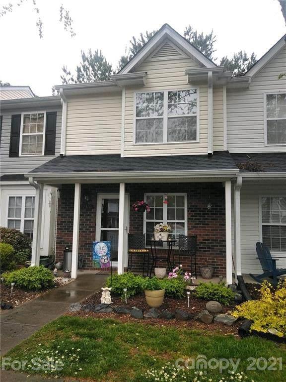 12314 Hennigan Place Lane, Charlotte, NC 28214 (#3735076) :: Willow Oak, REALTORS®