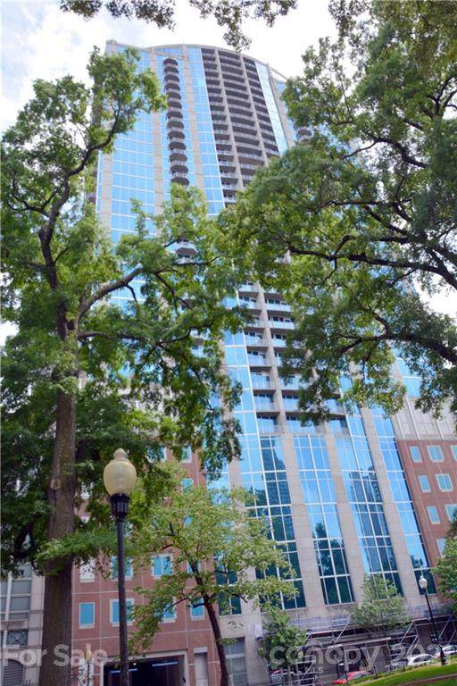 210 N Church Street #2010, Charlotte, NC 28202 (#3736617) :: Willow Oak, REALTORS®