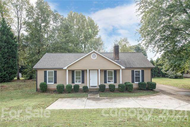 1649 Hoffman Road, Gastonia, NC 28054 (#3736620) :: The Premier Team at RE/MAX Executive Realty