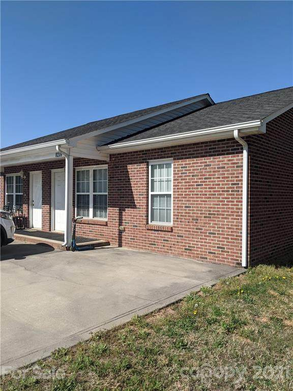 8239 Sherrills Ford Road, Sherrills Ford, NC 28673 (#3737401) :: SearchCharlotte.com