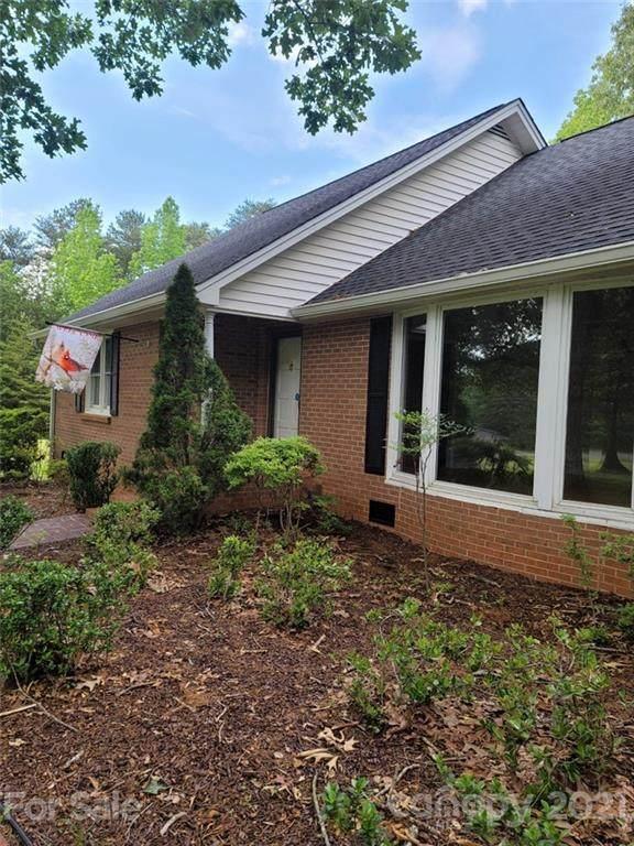 340 Eaker Road, Bessemer City, NC 28016 (#3738032) :: MartinGroup Properties