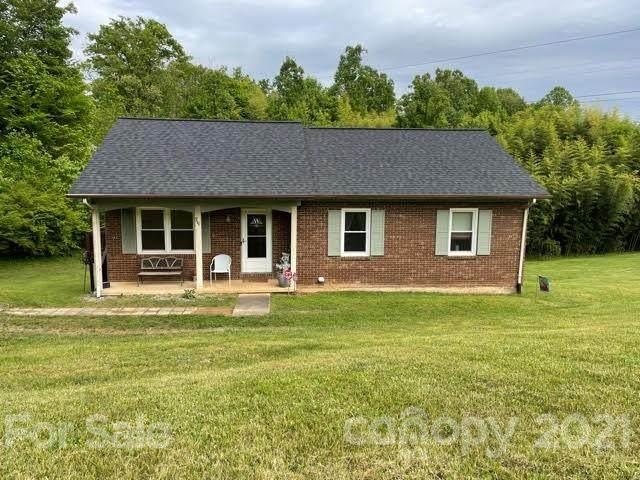 711 Damascus Church Road, Wilkesboro, NC 28697 (#3739521) :: BluAxis Realty