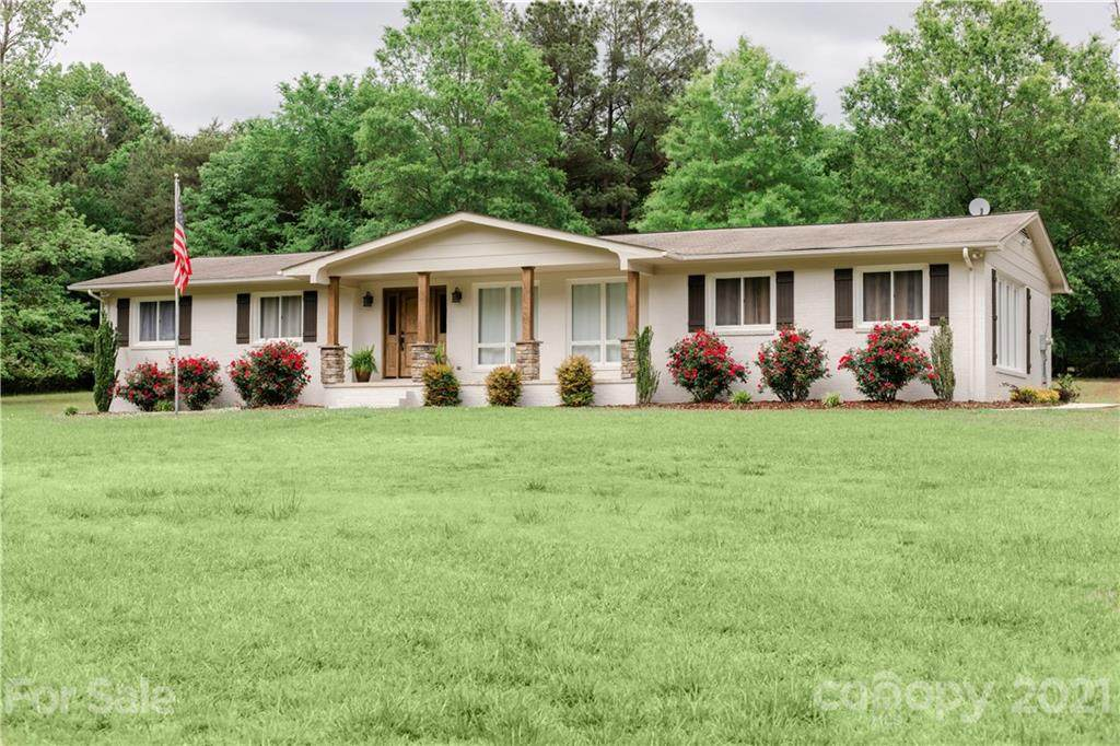 160 Country Club Drive - Photo 1