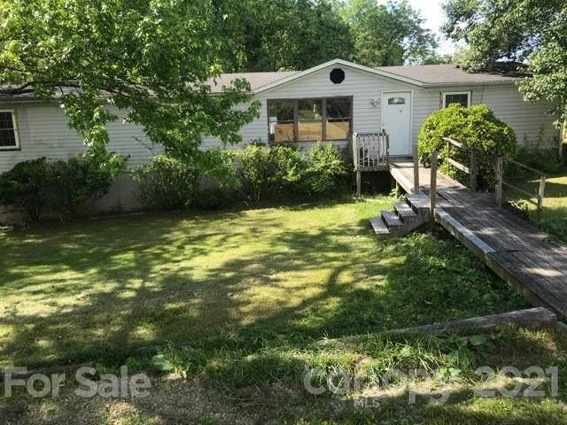 57 Bittersweet Drive, Hendersonville, NC 28792 (#3740633) :: Modern Mountain Real Estate