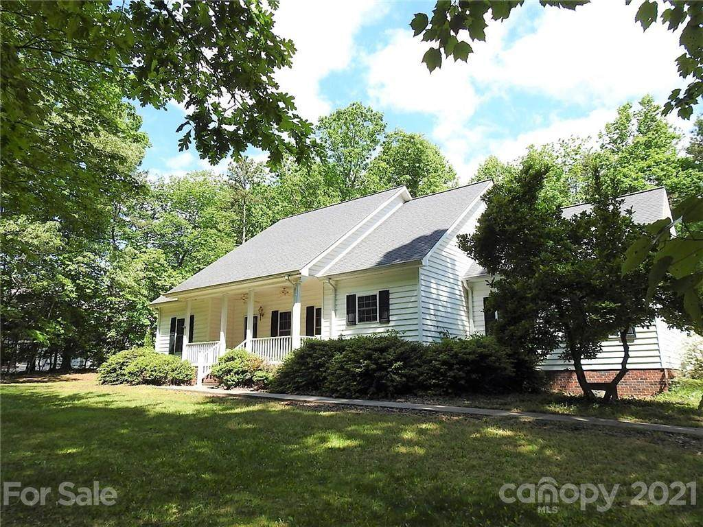 263 Thorncliff Drive - Photo 1
