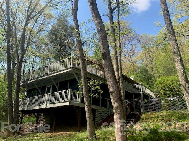 19 White Oak Forest Road, Fairview, NC 28730 (#3742956) :: LePage Johnson Realty Group, LLC