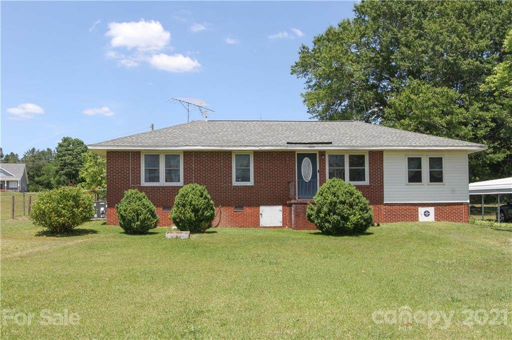 3505 Valley Drive - Photo 1
