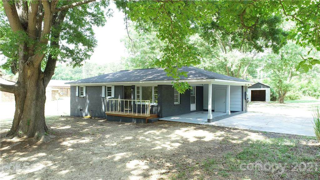 67 Whispering Pines Road - Photo 1