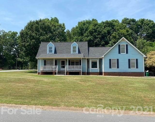 8401 Junction Court, Charlotte, NC 28215 (#3747961) :: TeamHeidi®