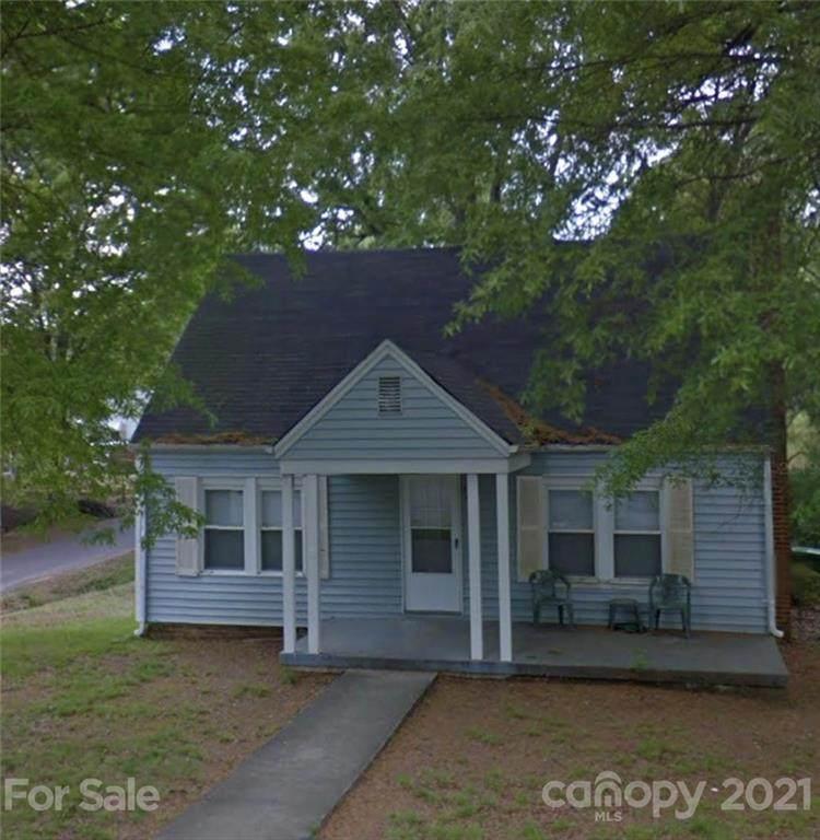 420 Coggins Avenue - Photo 1