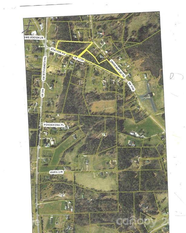 1725 Station Road #3, Lenoir, NC 28645 (#3749376) :: Carver Pressley, REALTORS®