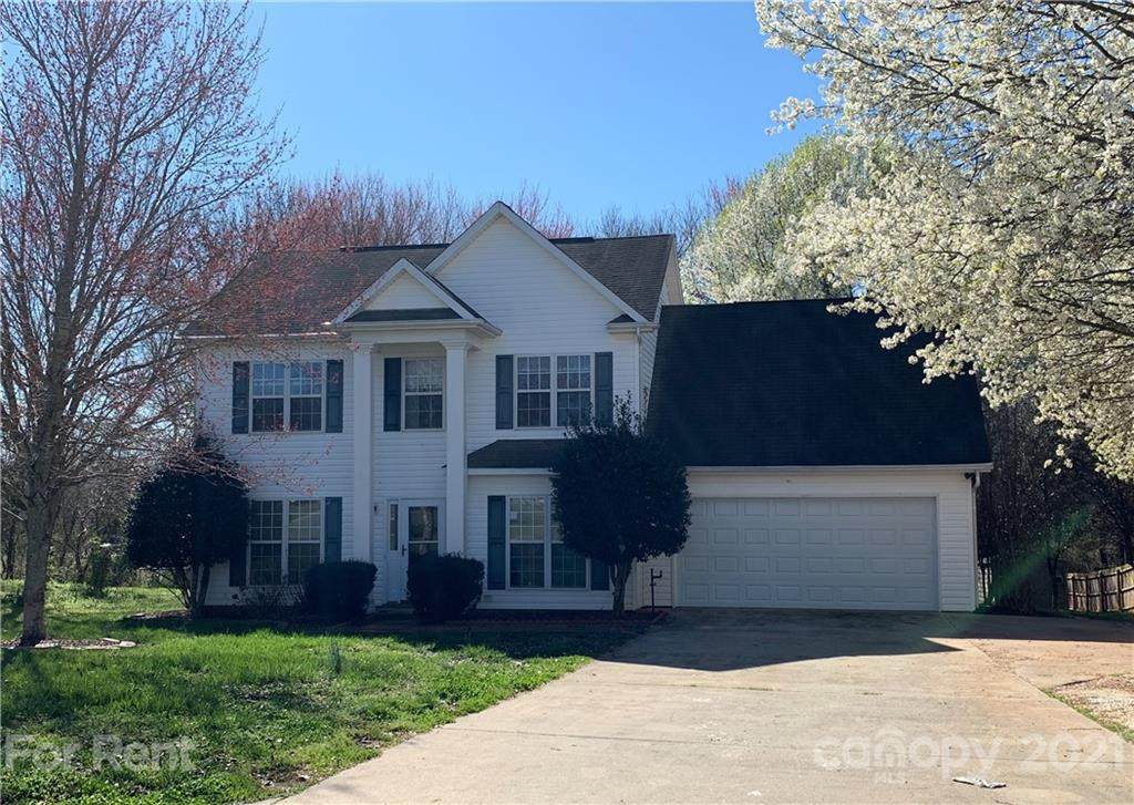 2201 River Chase Drive - Photo 1