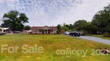 2001 Fieldridge Lane, Monroe, NC 28110 (#3750776) :: Homes Charlotte