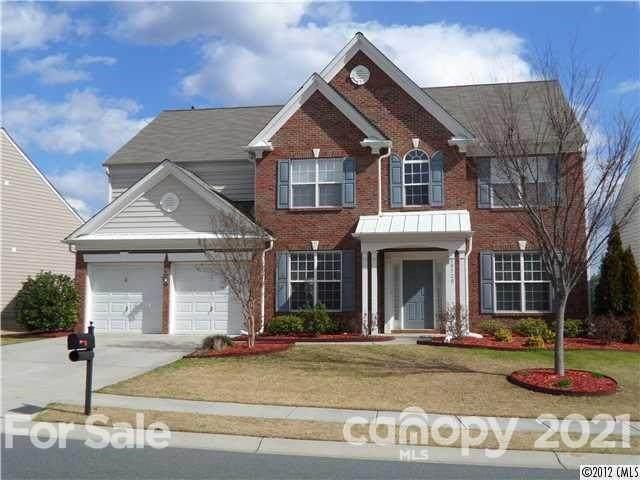 10520 Adlin Avenue, Charlotte, NC 28262 (#3751100) :: LePage Johnson Realty Group, LLC