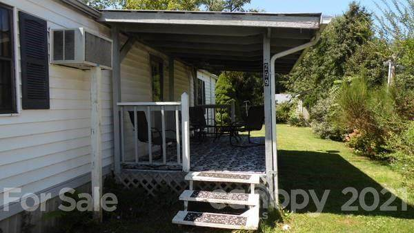 299 Westwood Circle, Waynesville, NC 28786 (#3752084) :: BluAxis Realty