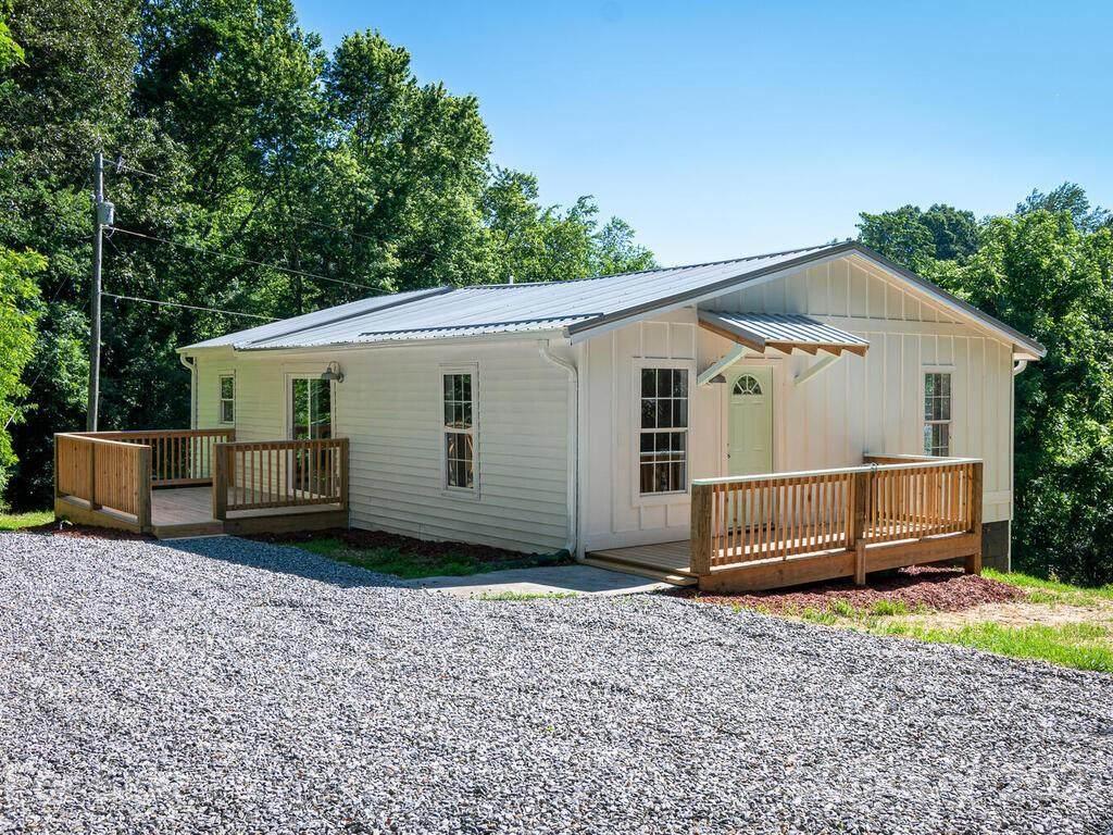 30 Oak Lodge Road - Photo 1