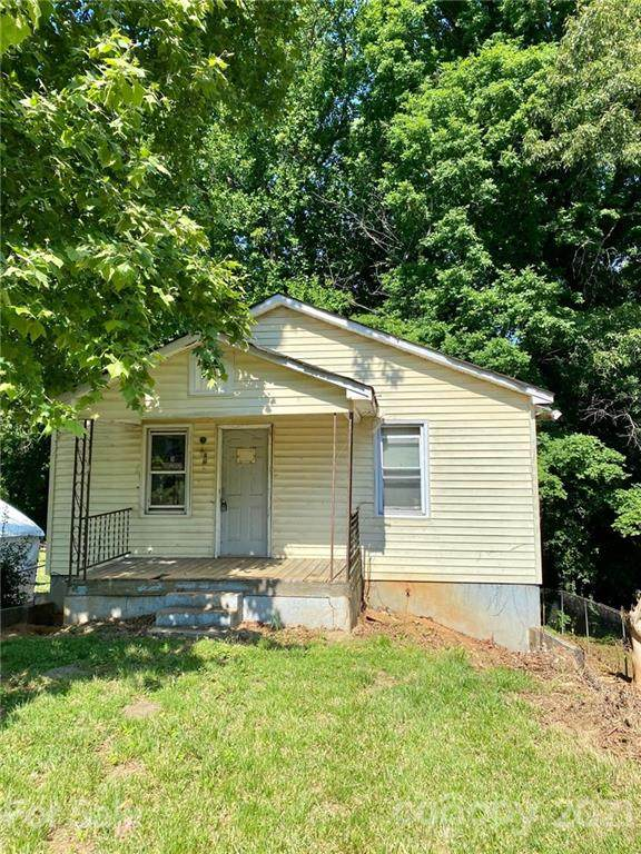 402 2nd Street Place SW, Hickory, NC 28602 (#3753385) :: Carver Pressley, REALTORS®