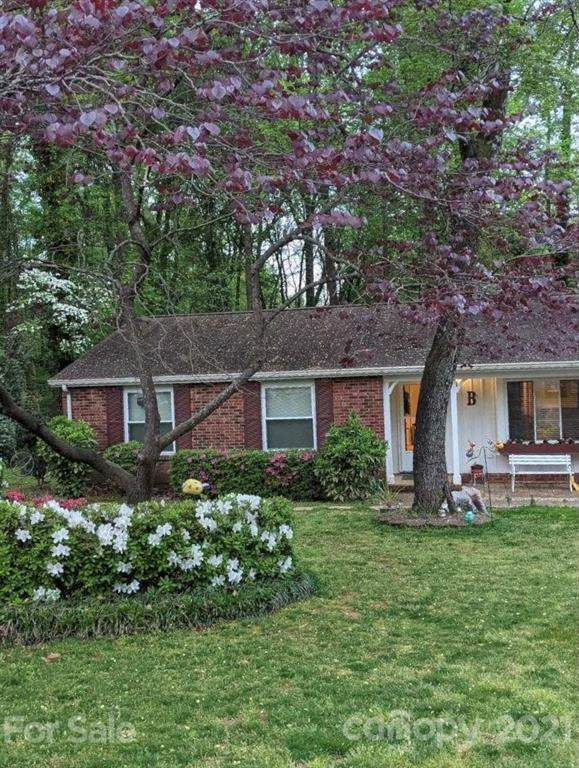 3207 Raven Glen Court, Charlotte, NC 28212 (#3753619) :: Stephen Cooley Real Estate Group